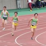 200m 権田(右)と竹花(左)