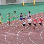4×100mR予選 3走金子から4走山田へバトンパス