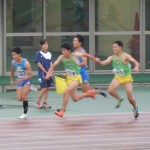 4×100mR決勝 1走竹花から2走野口へバトンパス