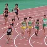 4×100mR予選 3走野口から4走山田へバトンパス