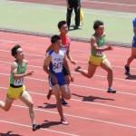 100m 権田(左) 小笠原(右)