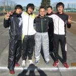 左から出浦教行君、加藤誠也君、ひとりおいて鈴木雄大君、大室秀樹君